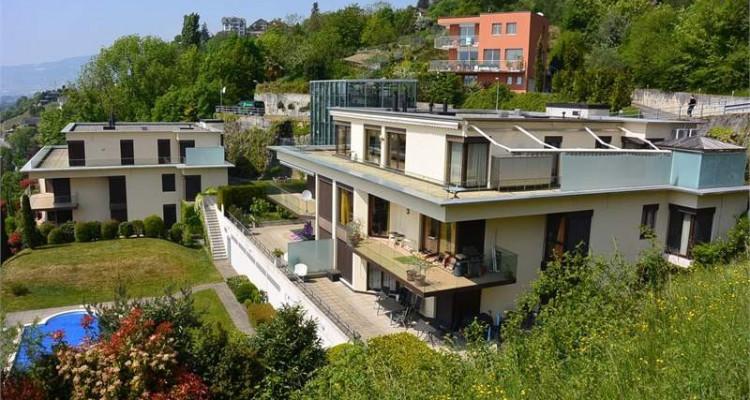VENDU - Superbe appartement de 5.5 pièces avec vue sur le Lac image 1
