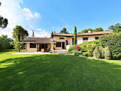 Magnifique maison 8 pièces - Grand jardin - Piscine - 2 garages image 1