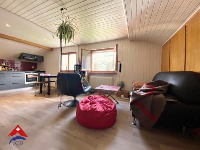 Magnifique attique de 2,5 pièces / calme  image 1