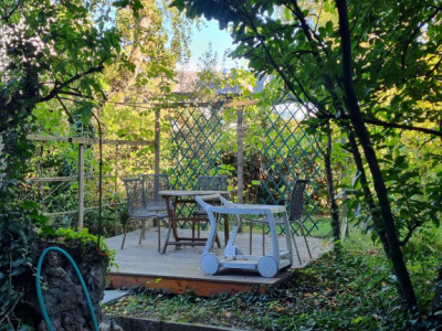 4 pièces atypique avec jardin privatif  image 1