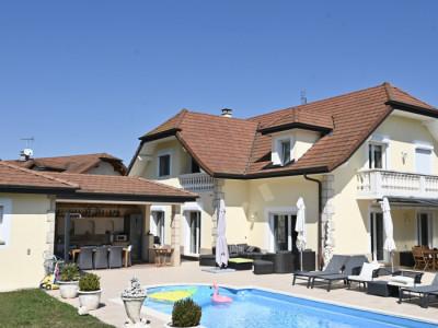 Magnifique villa  de 280m2 aux portes de Genève à Veigy-Foncenex  image 1