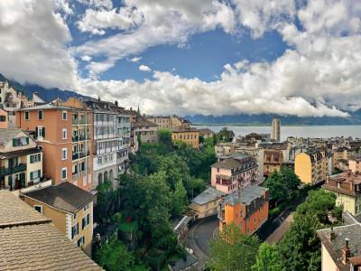 Superbe Studio / Magnifique vue sur le lac - 1/2 mois de loyer offert image 1