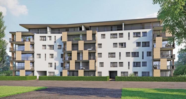 Appartement en attique de 4,5 pièces au centre-ville. image 4