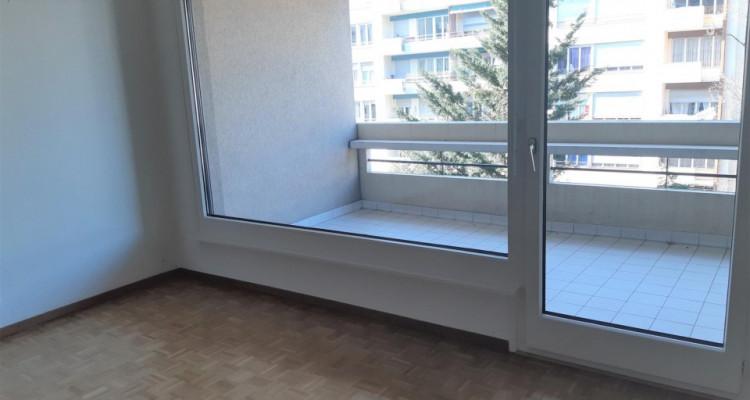 Très bel appartement 5P au centre de Genève. image 2