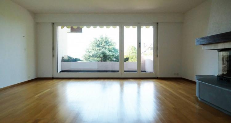 Magnifique duplex 5,5p // 4 chambres // Jardin + Terrasse image 2