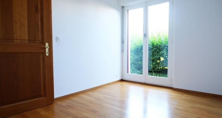 Magnifique duplex 5,5p // 4 chambres // Jardin + Terrasse image 4
