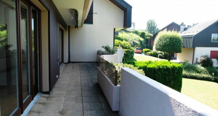Magnifique duplex 5,5p // 4 chambres // Jardin + Terrasse image 11