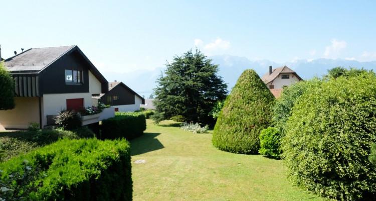 Magnifique duplex 5,5p // 4 chambres // Jardin + Terrasse image 12