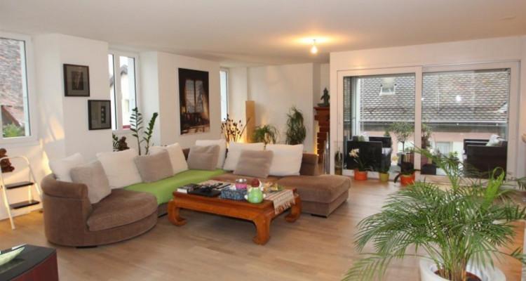 Duplex au vieux Bourg dans le calme. image 3