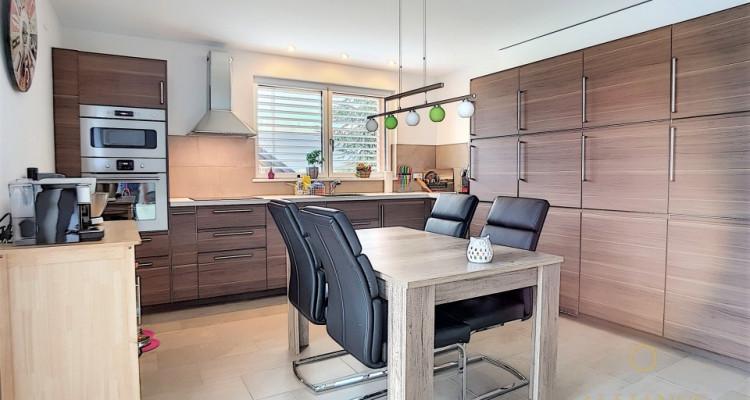 Villa neuve de 2 appartements en Minergie-P à vendre ! image 4