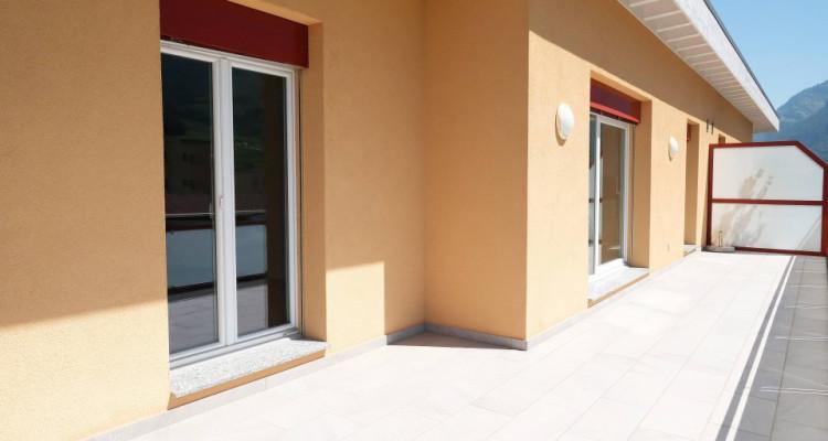 Magnifique 4,5p // 3 chambres // 2 SDB // Grand Balcon-vue image 12