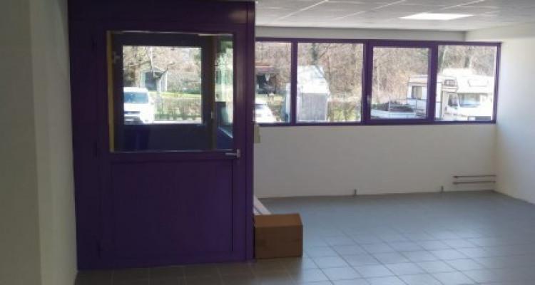 Bureau de 60 m2 au rez-de-chaussée à louer à Puidoux image 1