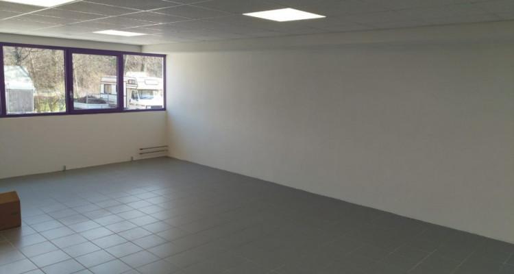 Bureau de 60 m2 au rez-de-chaussée à louer à Puidoux image 4