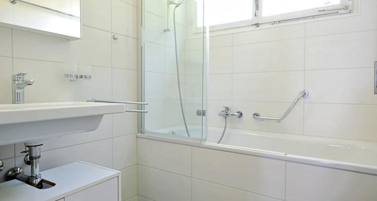 Magnifique appart 2,5 pièces / 1 chambre / 1 SDB /  avec balcon. image 4