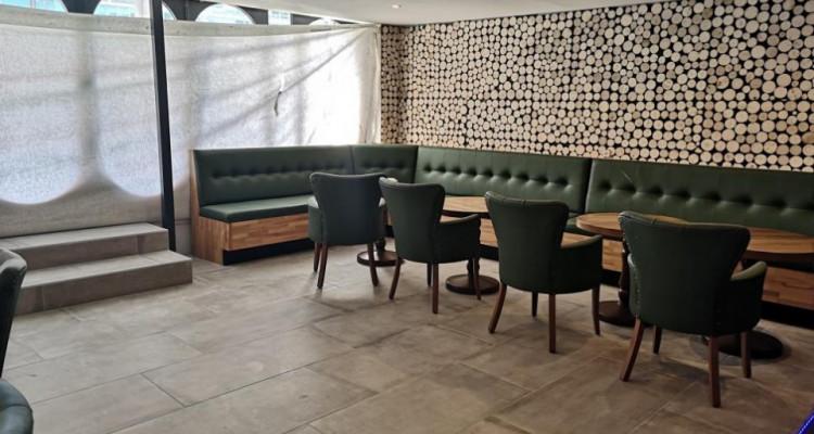 À remettre : Resauration café/bar rapide complètement rénové ! image 3