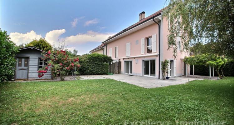 Spacieuse et charmante villa jumelle de 6,5 pièces à Echallens image 3