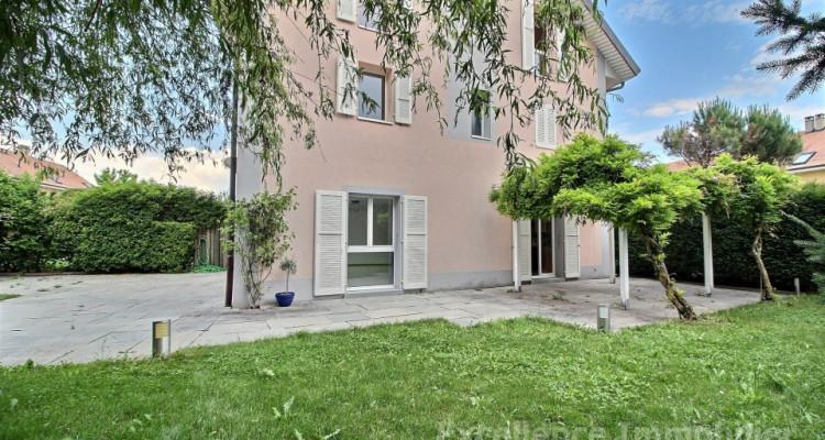 Spacieuse et charmante villa jumelle de 6,5 pièces à Echallens image 4