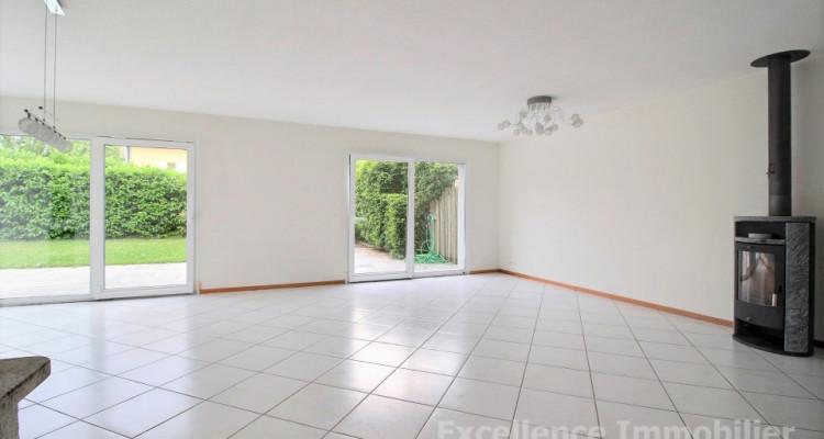 Spacieuse et charmante villa jumelle de 6,5 pièces à Echallens image 6