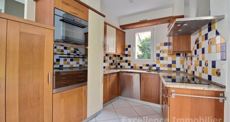 Spacieuse et charmante villa jumelle de 6,5 pièces à Echallens image 7
