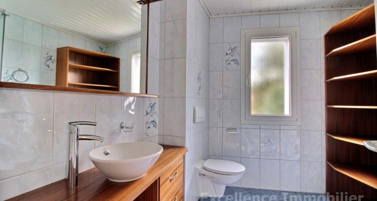 Spacieuse et charmante villa jumelle de 6,5 pièces à Echallens image 11