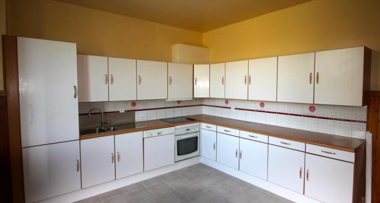 Spacieux appartement de 110 m2 à Vernier image 3
