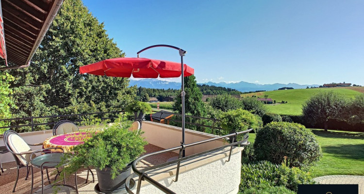 Propriété de charme au Mont sur Lausanne.Calme,espace et lumière vous attendent. image 13