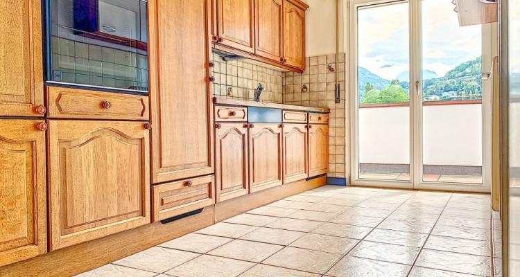 FOTI IMMO - Un ATTIQUE de 4,5 pièces avec 60 m2 de terrasse autour ! image 2