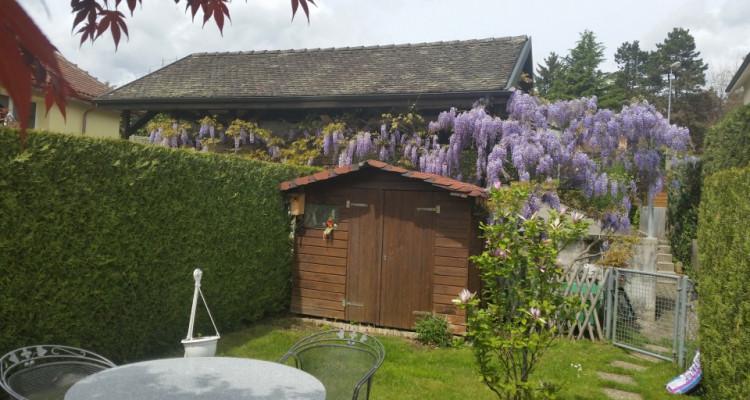 Belle maison mitoyenne au coeur du village image 10