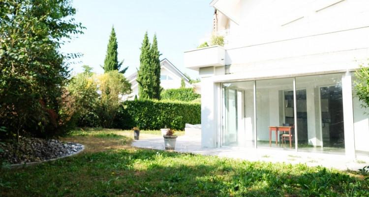 VISITE 3D / Superbe appartement // Divona Park // 2 Chambres // Jardin image 1
