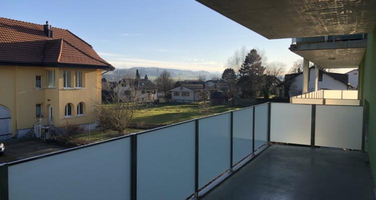 Attique de 3.5 pces grand balcon à 5 mn de Romont image 2
