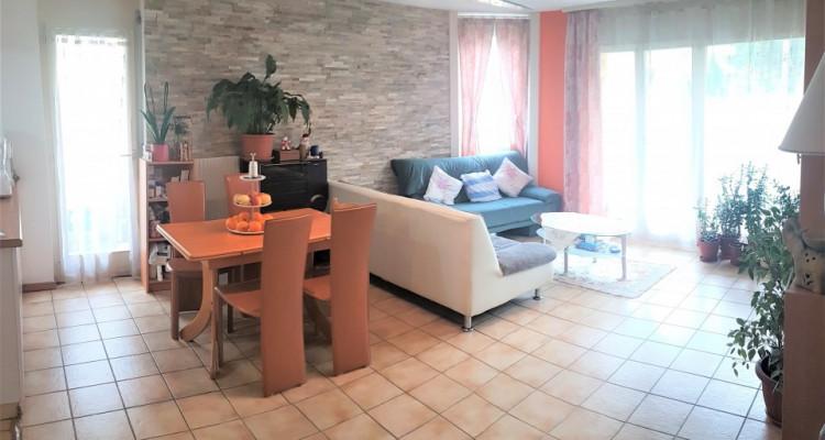 Joli Appartement de 4,5 pièces, entouré le calme et de verdure  image 2