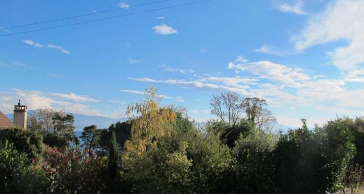 Superbe villa avec vue sur le lac ! Objet rare ! image 5