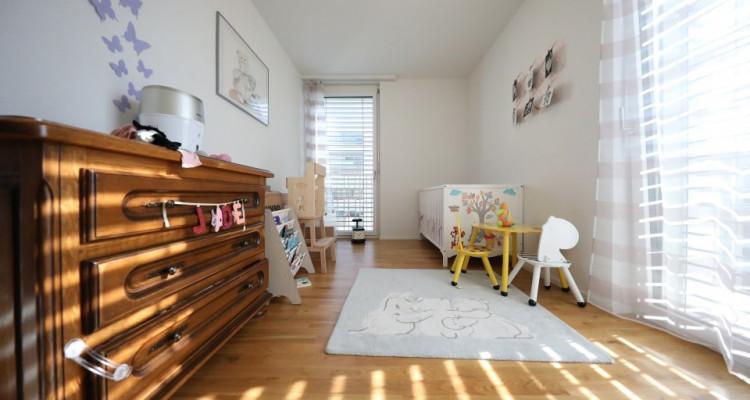 Magnifique 3,5p // 2 chambres // grand balcon 13m² // vue dégagée image 3