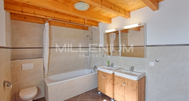 Superbe appartement avec jardin privatif à Croix-de-Rozon image 4