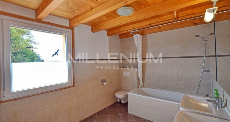 Superbe appartement avec jardin privatif à Croix-de-Rozon image 6