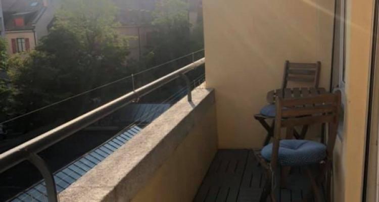 Bel appartement de 2pièces situé à Champel. image 2