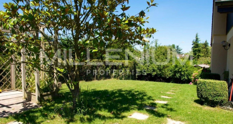 Belle villa 6P avec piscine à Vessy image 3