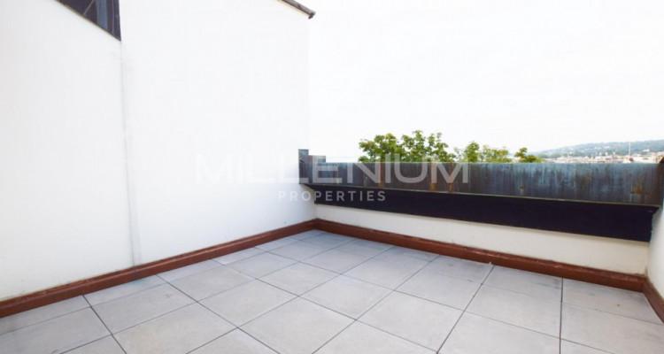 Bel appartement 5.5P à Champel image 5