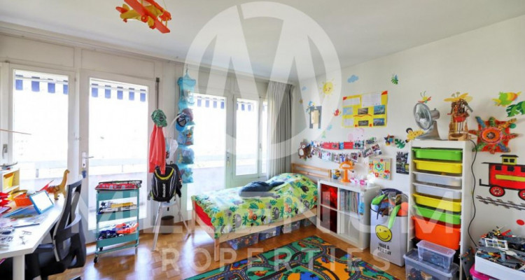 Bel appartement avec terasse au Grand-Saconnex image 6