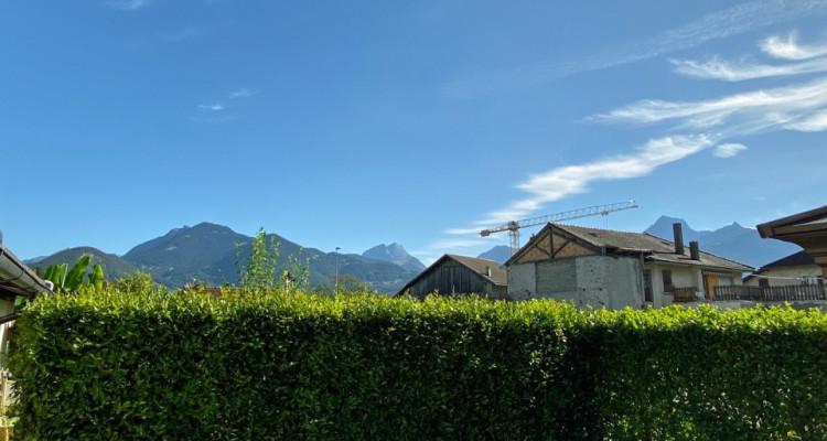 FOTI IMMO - Jolie villa de 4,5 pièces jumelée par les garages. image 2