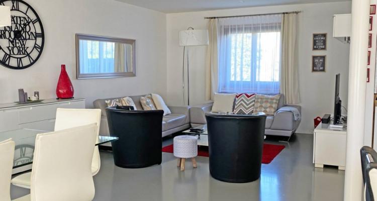 FOTI IMMO - Jolie villa de 4,5 pièces jumelée par les garages. image 4