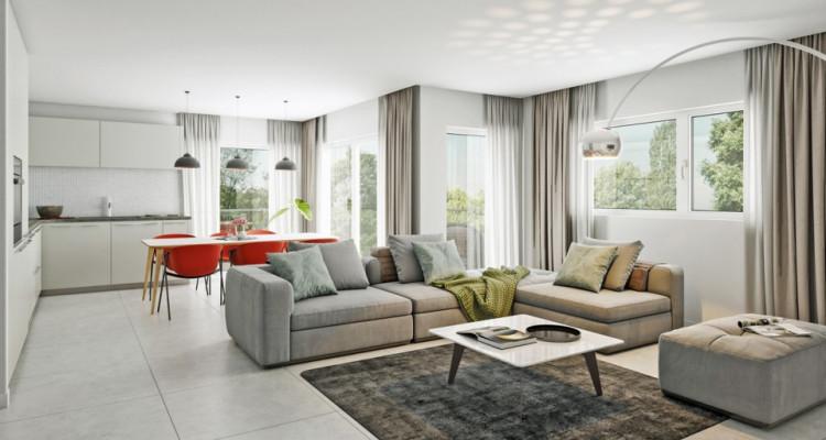 HOME SERVICE vous propose un appartement de 4,5 pièces avec balcon. image 2