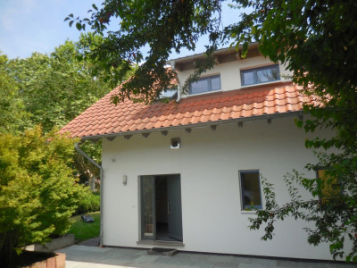 Magnifique villa lumineuse de 5.5 pces, très calme et ensoleillée image 1