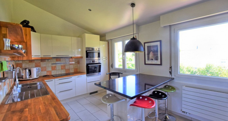 Belle maison individuelle de 10 pièces à Commugny image 4