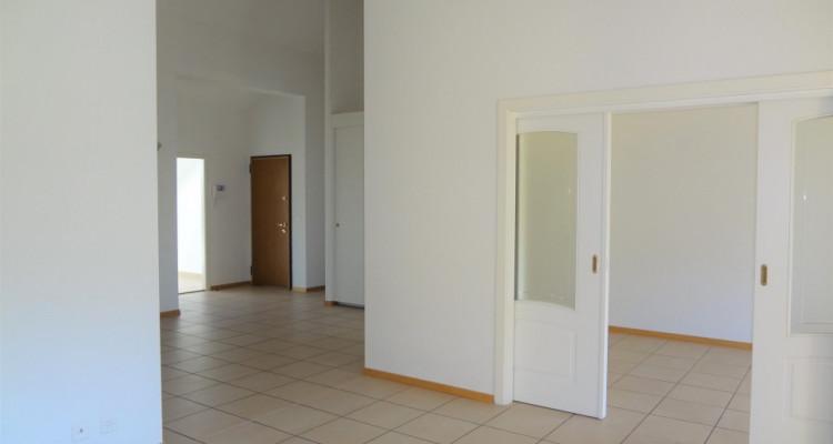 Magnifique appartement en attique, 6.5 pces, 181 m2 image 2