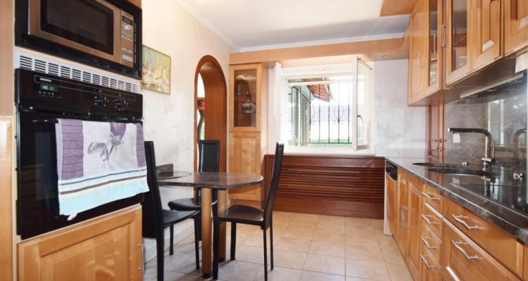 Maison 6P meublée à deux pas du Collège du Léman image 12