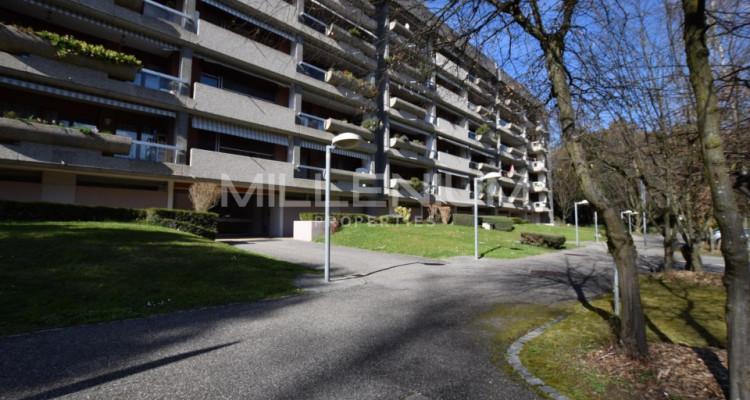 Petit Saconnex, bel appartement avec balcons image 1
