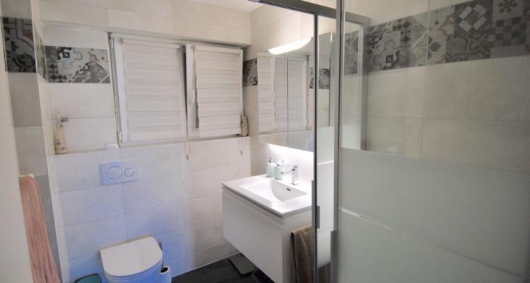 Magnifique appartement de 4,5pièces entièrement rénové avec goût image 8