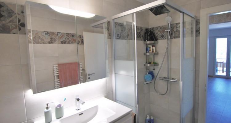 Magnifique appartement de 4,5pièces entièrement rénové avec goût image 9