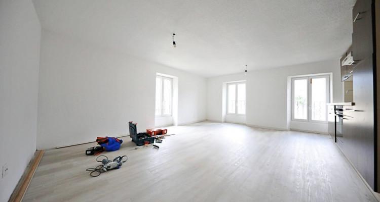 Magnifique appart 2,5 p / 1 chambre / 1 SDB / avec terrasse image 1